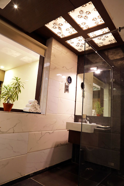 Ethnotel Empirica Bathroom
